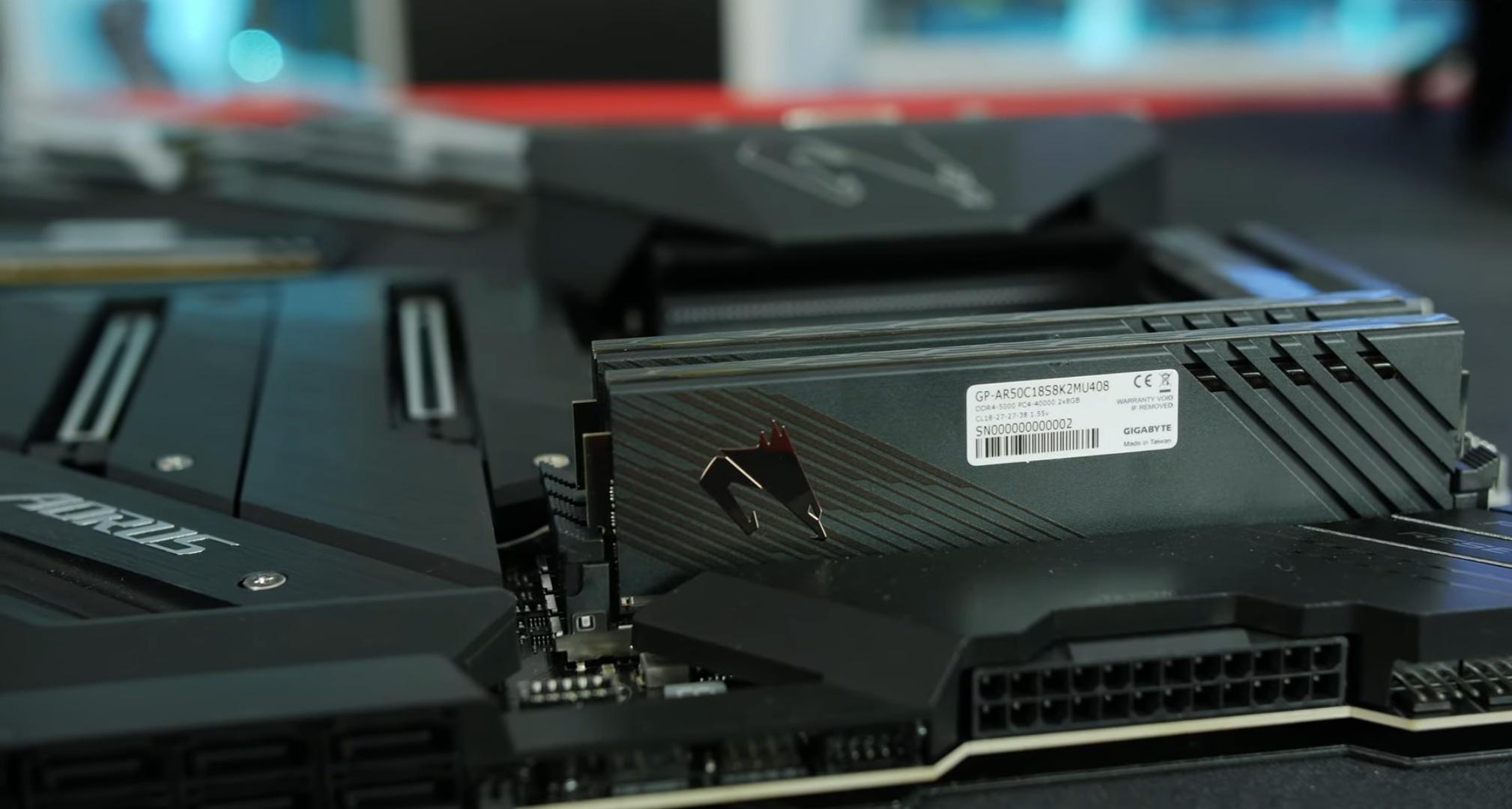 Le DDR4 finalmente raggiungono 5 GHz in XMP