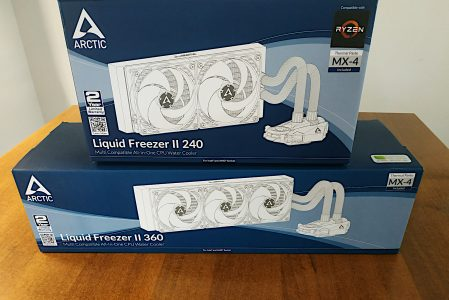 Arctic Liquid Freezer II 240 e 360 Review : Performance e Stile
